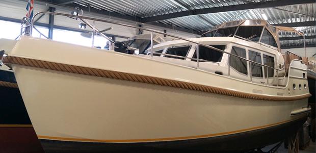 Yacht Amelya